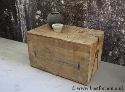 Landelijke Houten Kist.Prachtige Stoere Oude Houten Kist Unieke Puur Landelijke Bijzettafel