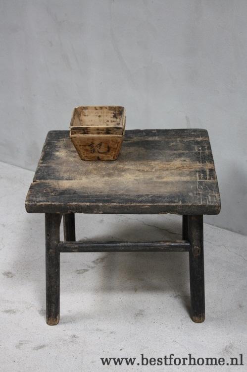 Oud Houten Tafeltje.Robuuste Oud Houten Bijzettafel China Landelijk Rustiek Tafeltje Oud No 809