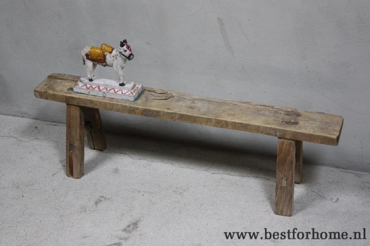 l_sober-stoer-laag-rustiek-oud-houten-bankje-no-879-1.jpg